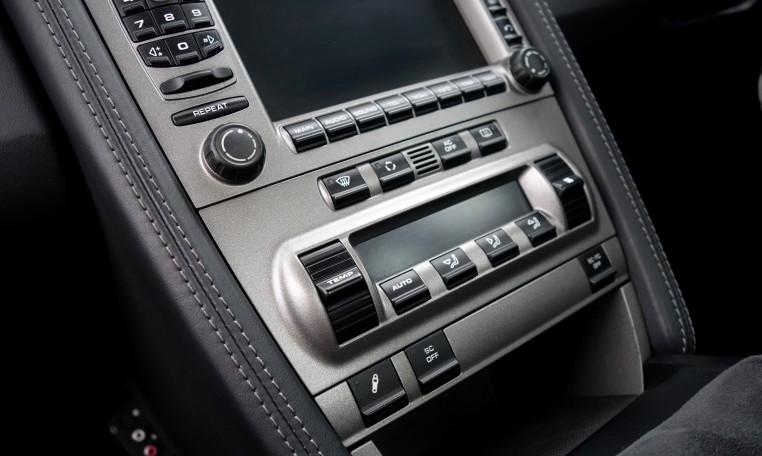 Porsche_911_select_gt